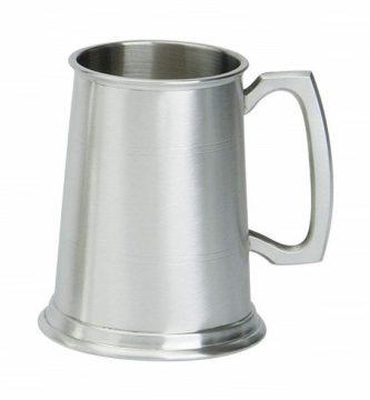 jarras de cerveza metalicas